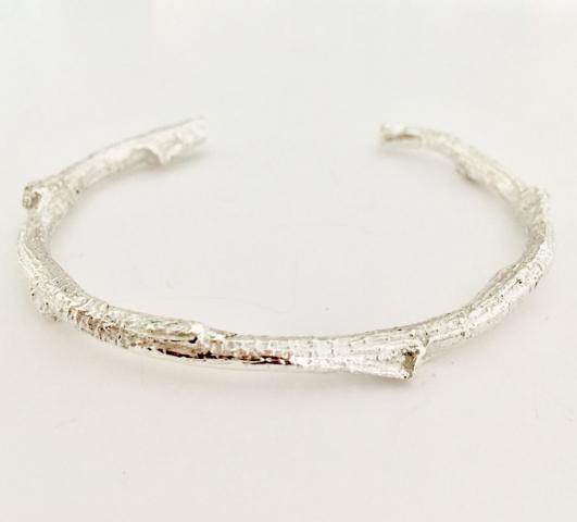 Zilveren takjes-armband gegoten