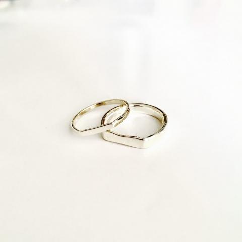 Zilveren bewerkte ringen