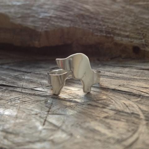 Zilveren teckelring